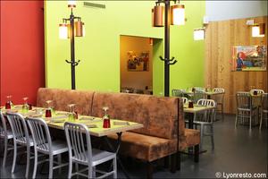 Photo  07-salle-coloree-restaurant-la-cantina-italien-pizzeria-saint-priest.jpg La Cantina