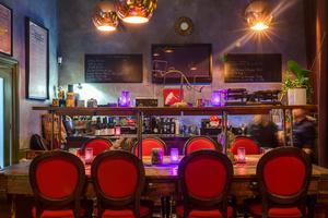 0084 restaurant la cour des miracles La Cour des Miracles