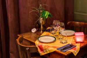 4 restaurant la cour des miracles La Cour des Miracles