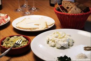 Photo  92-cervelle-canuts-restaurant-bar-a-vin-tapas-la-goutte-lyon.jpg La Goutte