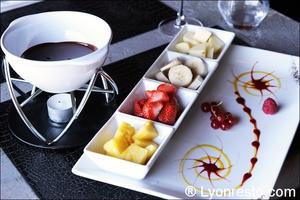 Photo  009-fondue-chocolat-restaurant-lyon-caluire-grotte-saint-loup.jpg La grotte Saint Loup