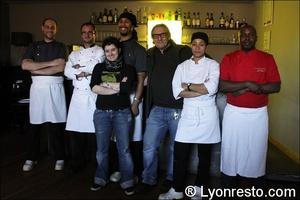 Photo  01-equipe-restaurant-lyon-caluire-grotte-saint-loup.jpg La grotte Saint Loup