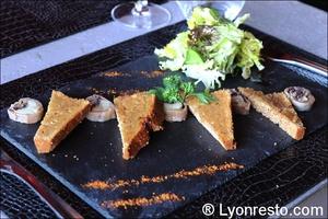 Photo  03-foie-gras-epices-restaurant-lyon-caluire-grotte-saint-loup.jpg La grotte Saint Loup