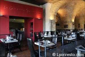 Photo  06-salle-restaurant-lyon-caluire-grotte-saint-loup.jpg La grotte Saint Loup
