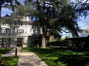 006 parc restaurant Ecully Lyon terrasse La Maison d Anthouard  La Maison d'Anthouard
