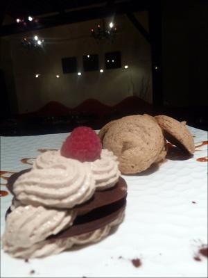 4 la melodie du piao dessert macaron  La Mélodie du Piano