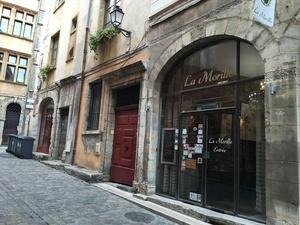 001 La Morille restaurant Vieux Lyon devanturetion La Morille
