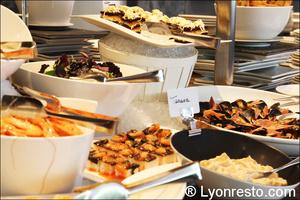 005 fruits de mer restaurant lyon st priest rose des vents kyriad buffet gastronomique La Rose des Vents
