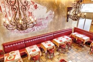 007 Storia Nostra Restaurant salle La storia nostra