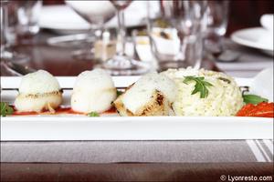 07 saint jacques riz plat restaurant tassin la demi lune la suite La Suite