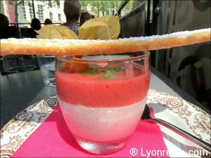 52 La table dessert fraise la Table