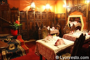 04 salle bas restaurant indien lal qila lyon Lal Qila