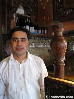 093 portrait restaurant indien lal qila lyon portrait Lal Qila