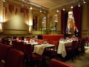 52 Le Bar Americain Salle  Le Bar Américain