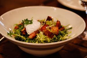 5 salade lyonnaise bistrot abel lyon restaurant Le Bistrot d'Abel