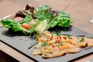 005 Le Bistrot du 6 eme restaurant cuvier Lyon entree saumon Le Bistrot du 6ème