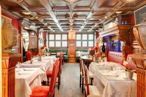 002 Cintra restaurant Lyon brasserie chic salle romantique Le Cintra