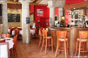 Photo  92-salle-comptoir-restaurant-coeur-du-pitre-lyon.jpg Le Coeur du Pitre