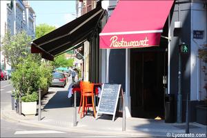 Photo  96-facade-terrasse-restaurant-coeur-du-pitre-lyon.jpg Le Coeur du Pitre