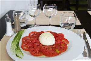 02 tomates mozza entree restaurant lyon comptoir de sam Le Comptoir de Sam