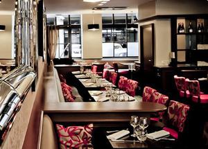 001 Le Dandy restaurant brasserie Lyon Cordeliers rue de la Bourse salle Le Dandy