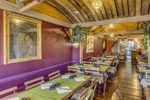 004 Krepiot restaurant creperie Vieux Lyon salle Le Krépiôt