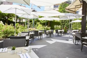 03 Le Lounge Warwick Reine Astrid Lyon restaurant gastronomie terrasse Le Lounge  Warwick Reine Astrid