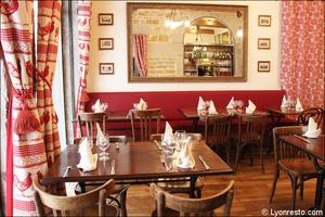 Photo  9-salle-nouvelle-restaurant-lyon-bouchon-poelon-d-or.jpg Le Poêlon d'Or
