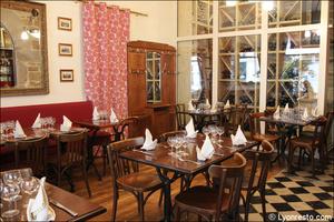 92 salle cave restaurant lyon bouchon poelon d or Le Poêlon d'Or
