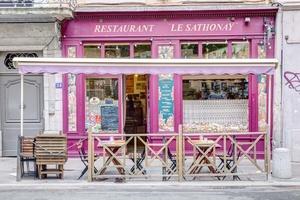 009 Le Sathonay Restaurant deventure face Le Sathonay