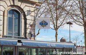 2 Le Sud Restaurant Lyon Exterieur Le Sud