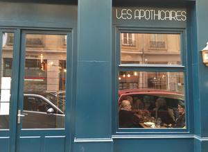 002 Les Apothicaires restaurant lyon 6 rue de seze devanture  Les Apothicaires