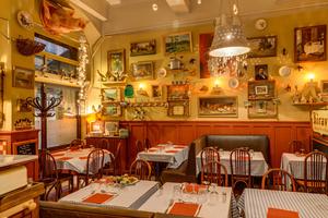 0 decoration ambiance vintage restaurant Lyon Les p tits peres Les p'tits pères
