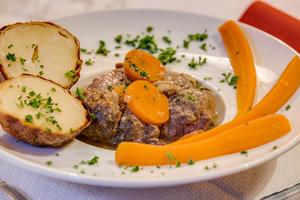 3 plat terroir restaurant Lyon Les p tits peres Les p'tits pères
