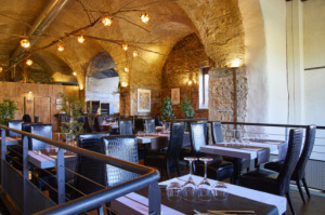 04 les voutes restaurant jazz club salle deco Les Voûtes Restaurant Jazz Club