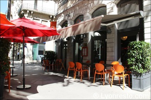 Photo  09-facade-M-restaurant-lyon.jpg M Restaurant