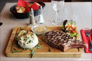 7 cote boeuf plat restaurant maison entrecote steak house lyon selection Maison de l'Entrecôte Part-Dieu