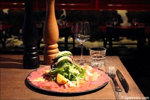 Photo  091-carpaccio-boeuf-plat-maitre-boeuf-restaurant-lyon.jpg Maitre Boeuf