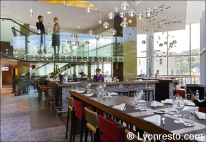 33 Novotel Cafe  Lyon Confluence N'Café Confluence