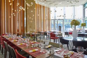 6 restaurant n cafe novotel Lyon restaurant Confluence N'Café Confluence