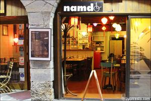 Photo  05-facade-devanture-restaurant-vietnamien-namdo-lyon-selection.jpg Namdo Vieux Lyon