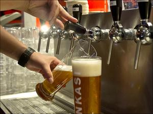 098 tireuse biere ninkasi snack gerland restaurant lyon Ninkasi Gerland