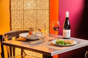 002 O Jardin restaurant Valmy table O Jardin