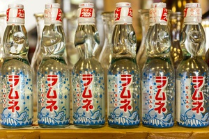 008 Oto Oto  concept japonais Lyon Restaurant bouteilles Oto Oto - concept japonais