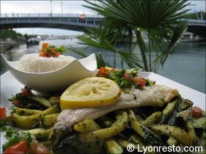 4 Peniche Le Quinze  Le 15 plat poisson  Péniche Le Quinze - Le 15