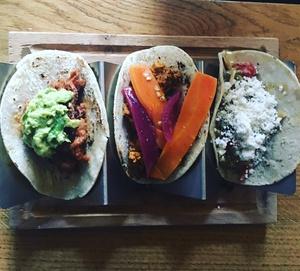003 Piquin Lyon restaurant tacos plat  Piquin