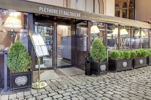 004 Plethore et Balthazar restaurant Lyon rue merciere devanture Pléthore et Balthazar