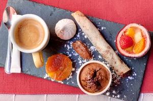 001 Pourquoi Pas Lyon Restaurant cafe gourmand selection Pourquoi Pas