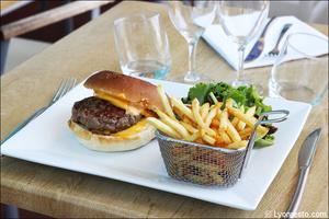 93 burger frites restaurant kosybar grezieu Restaurant Kosybar