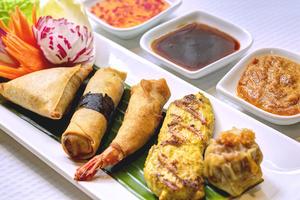 006 Thai Harmonie restaurant thailandais lyon brotteaux entree assortiment Thai Harmonie
